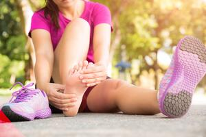 Pain on the Outer Side of Your Foot_Does it Signal a Spine Problem